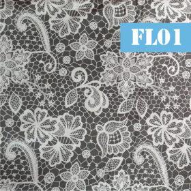 fl01 flori albe pe fundal gri inchis