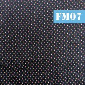 fm07 floricele marunte colorate fundal albastru