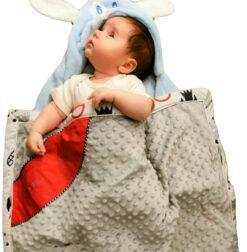 Paturica personalizata cu numele bebelusului