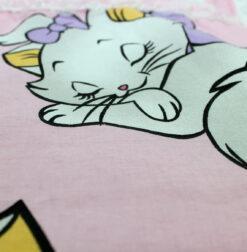 Set Paturica bebe si perna cu pisica Marie